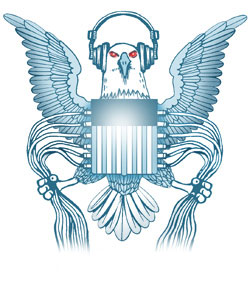 caricature du sigle de la NSA qui figurait sur le teeshirt d'Edward Snowden !